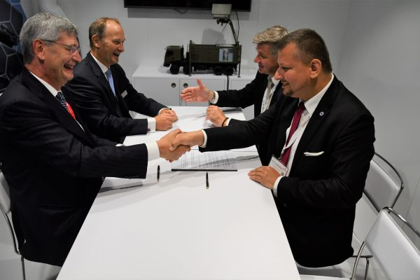 WZE-Thales radar production cooperation agreement